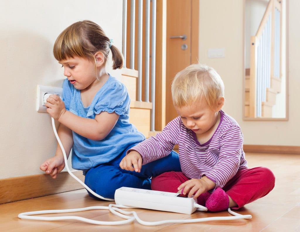 I pericoli per i Bambini in casa: a cosa fare attenzione